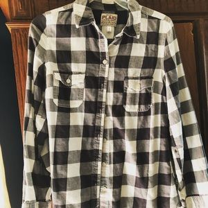 Old Navy buffalo check top